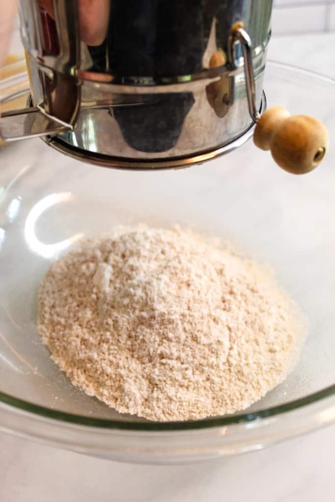 apple quinoa muffins sifting