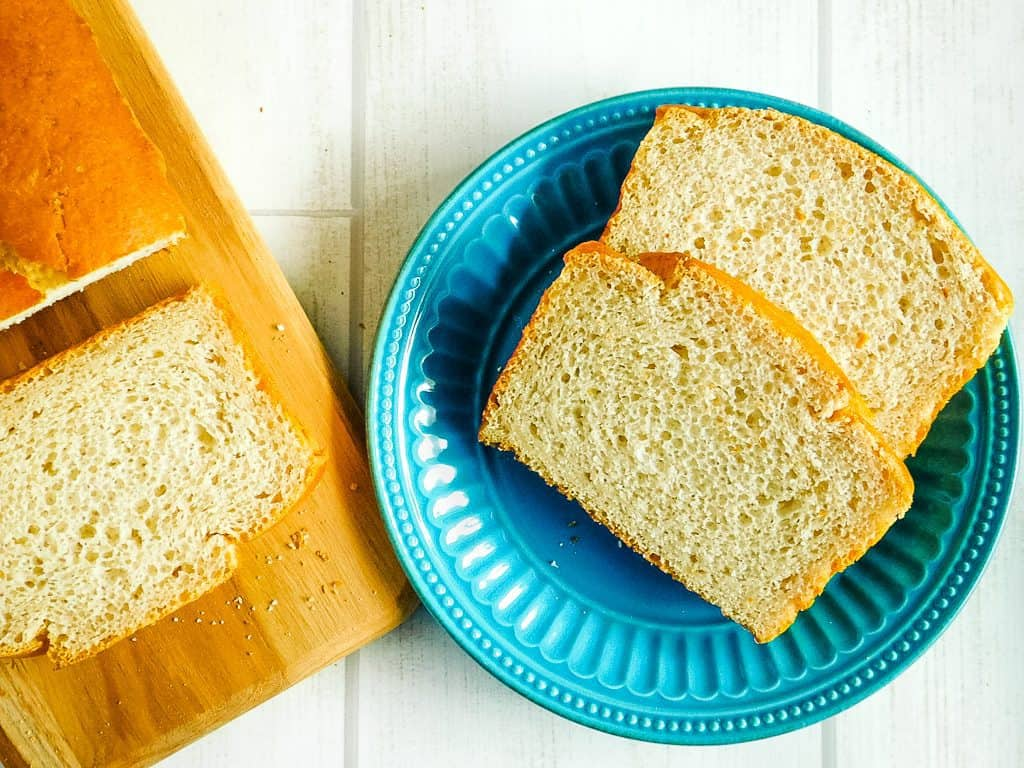 slices of bread on a turquoise plate