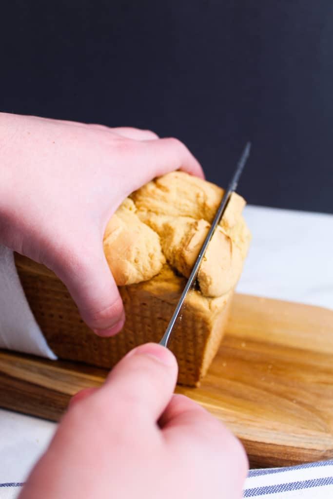 gluten free sandwich bread being sliced