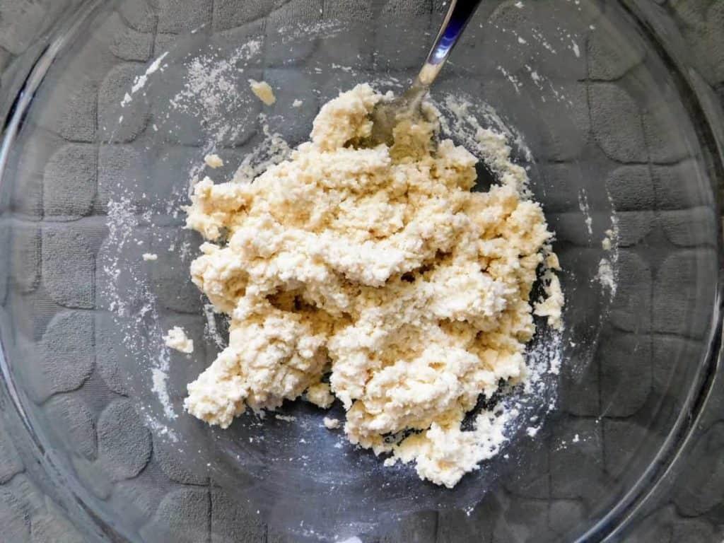 gluten free mini sour cream biscuits dough