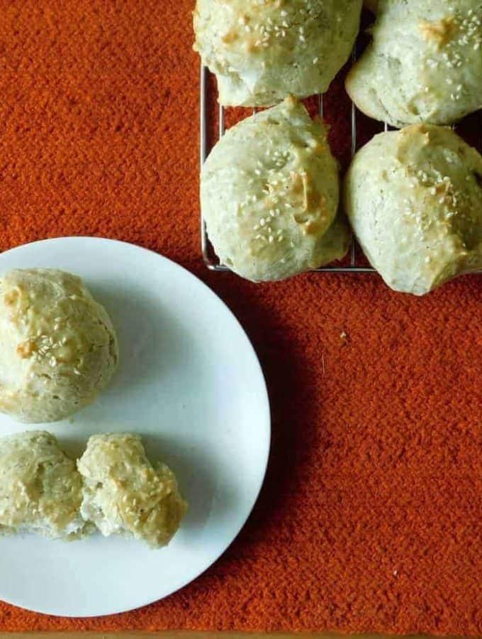 gluten free sesame seed rolls