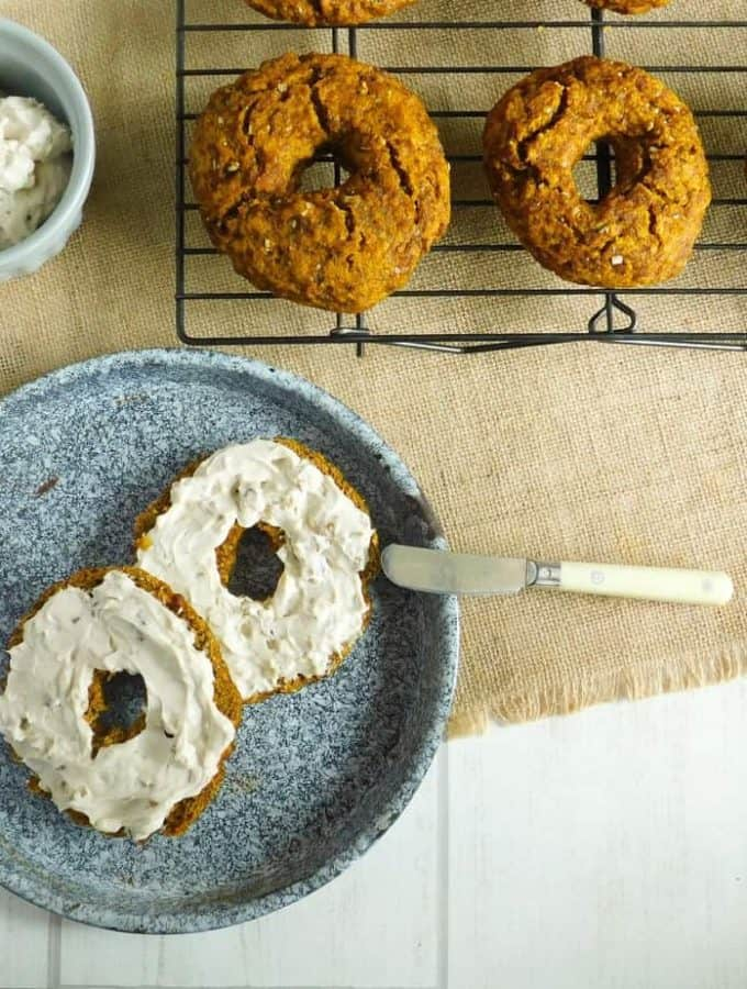 gluten free pumpkin bagels maple walnut cream cheese2