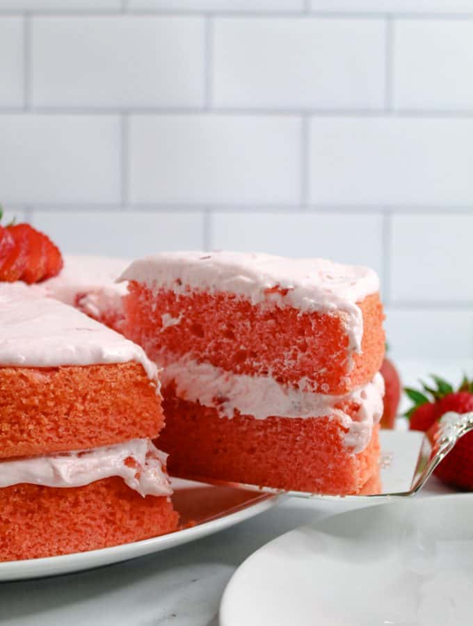 gluten free strawberry cake sliced