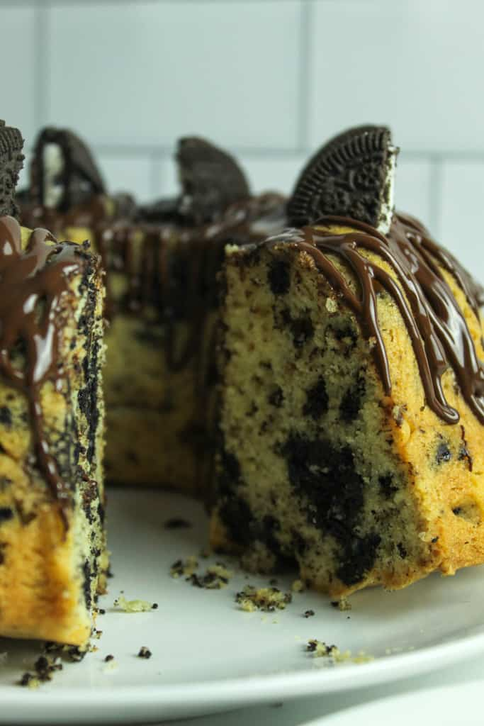 inside shot of the cookies and cream cake