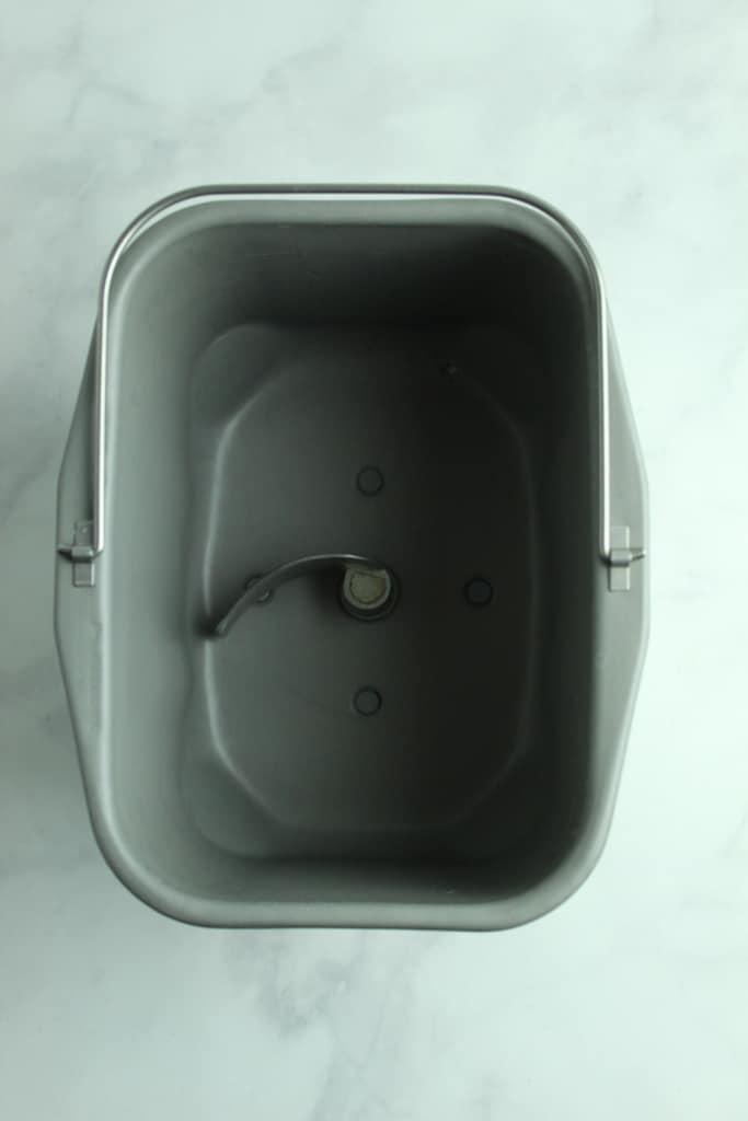 bread machine pan up close
